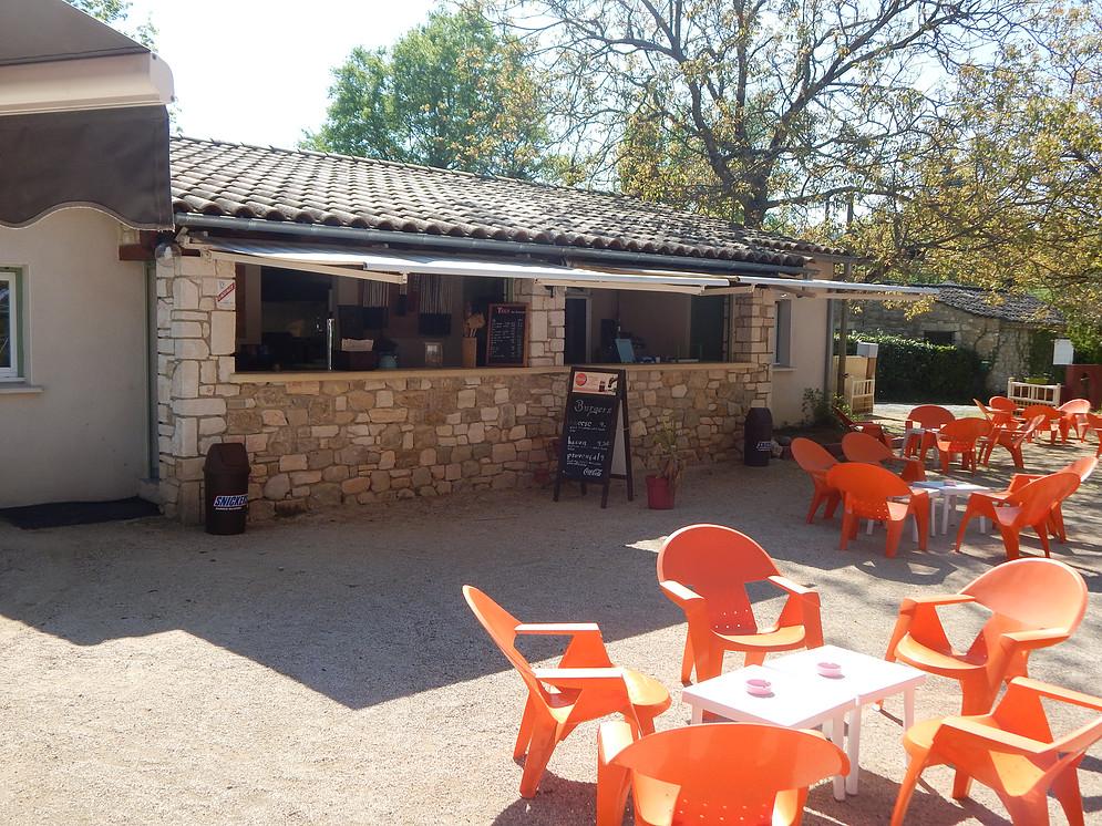 Mini golf du Chastelas et Fast Food Lézard Café