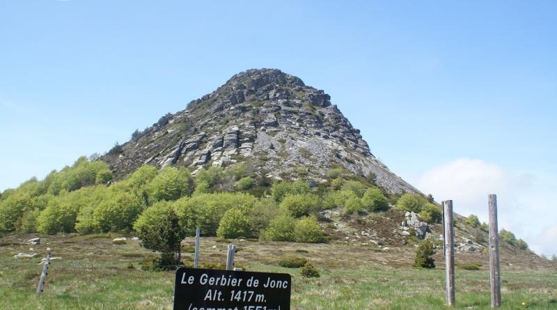 Mont-Gerbier-de-Jonc-Ardeche-Vallontourisme