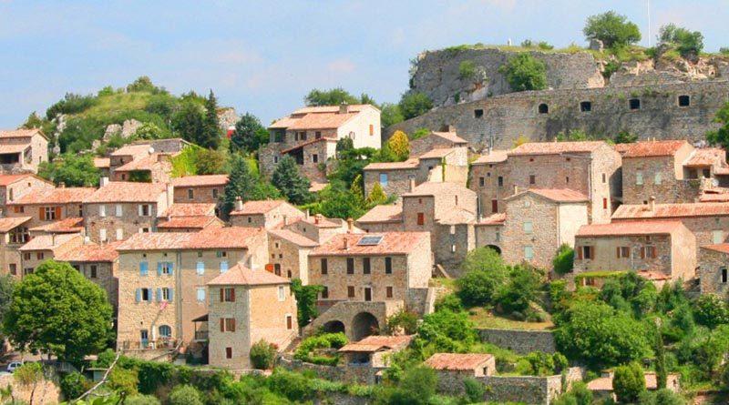 Village de Banne
