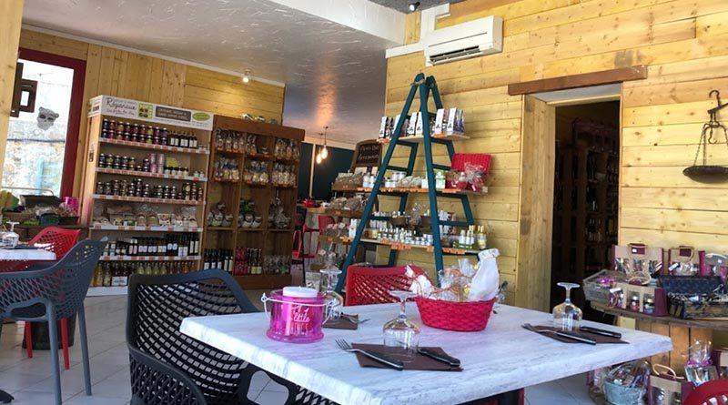 Le Croustous – Restaurant et boutique de produits Ardéchois.