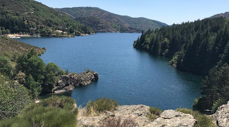 Tour du lac de Villefort – Randonnée