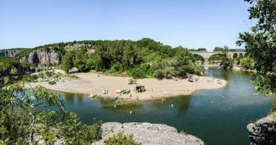 Isla Cool Douce – Canoës et plages